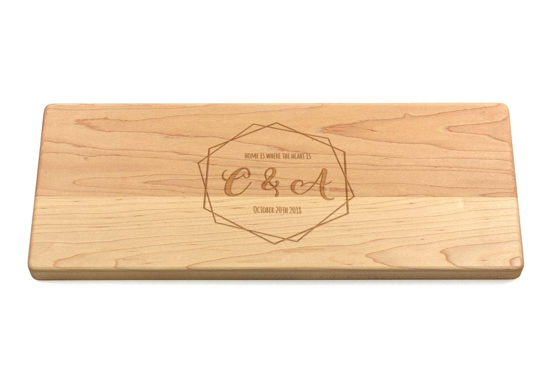 Bespoke Bois Bambou Planche à découper Apple en Forme de Gravé Personnalisé monogramme