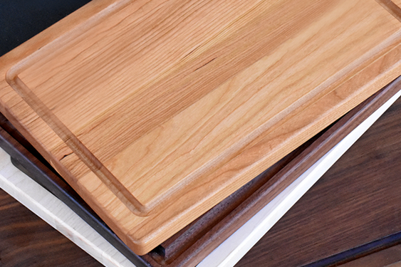 Difference Between Hardwood and Bamboo Cutting Boards